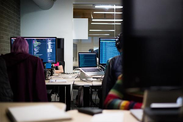 Understanding development & coding in mobile applications.